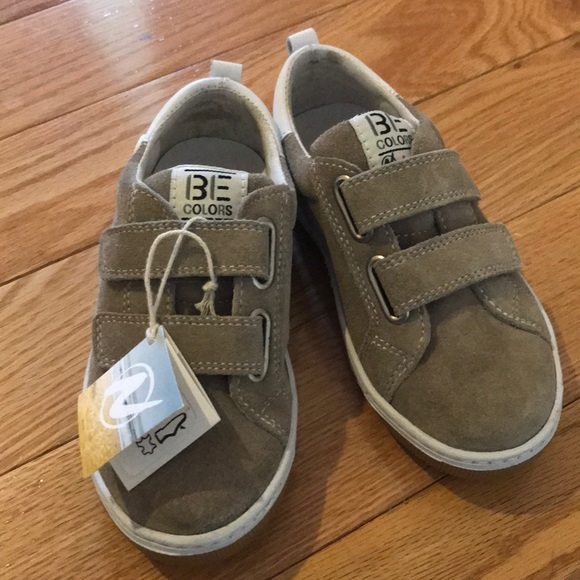4bb2598ec1d9 Naturino suede leather Velcro sneakers 27